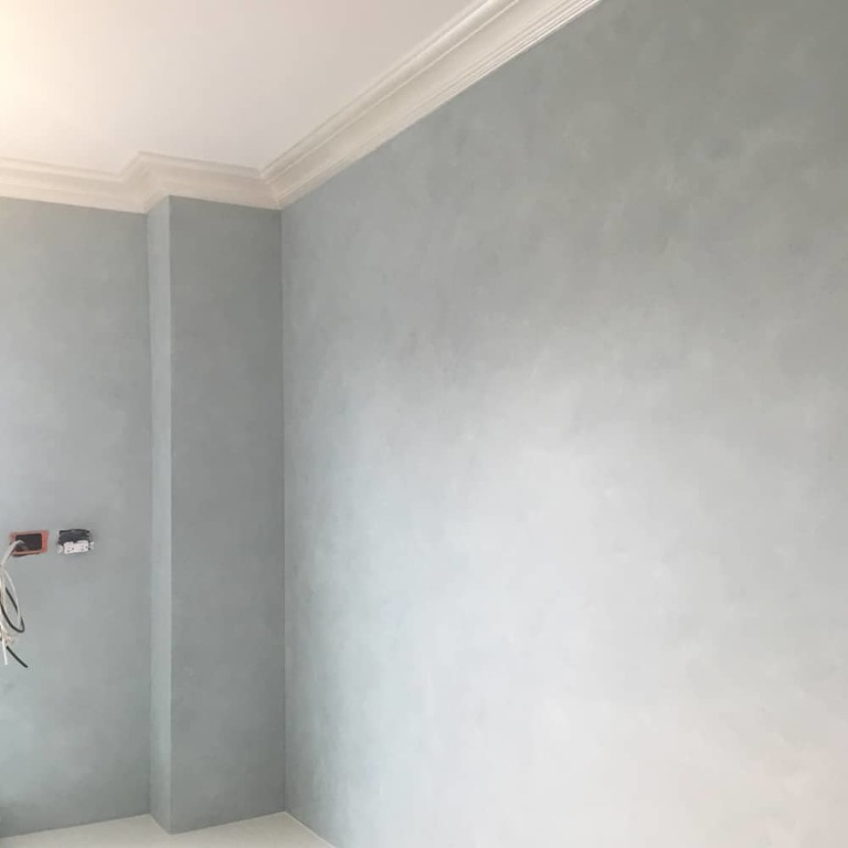 Home office wall that have been fauxed a french blue glaze