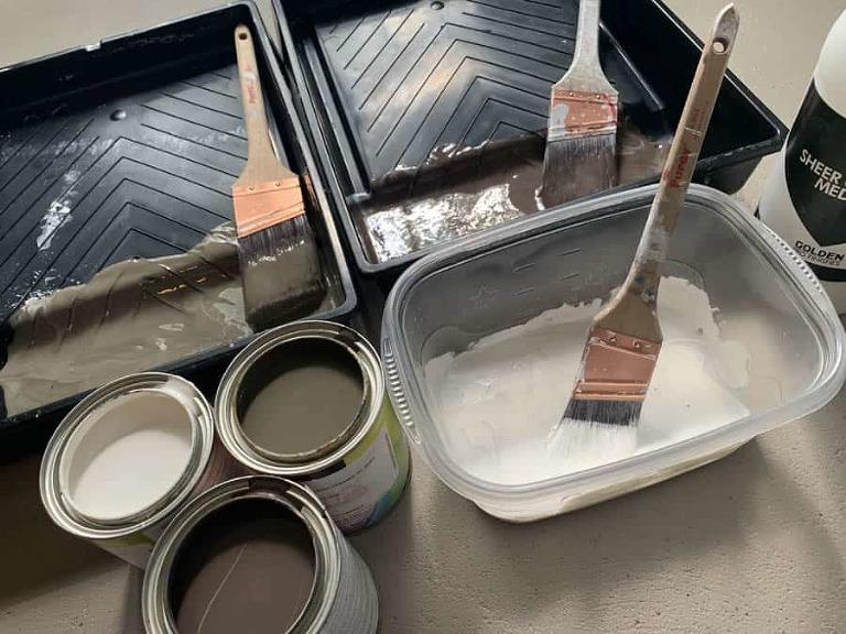 glazing medium and pints of Benjamin moore paint