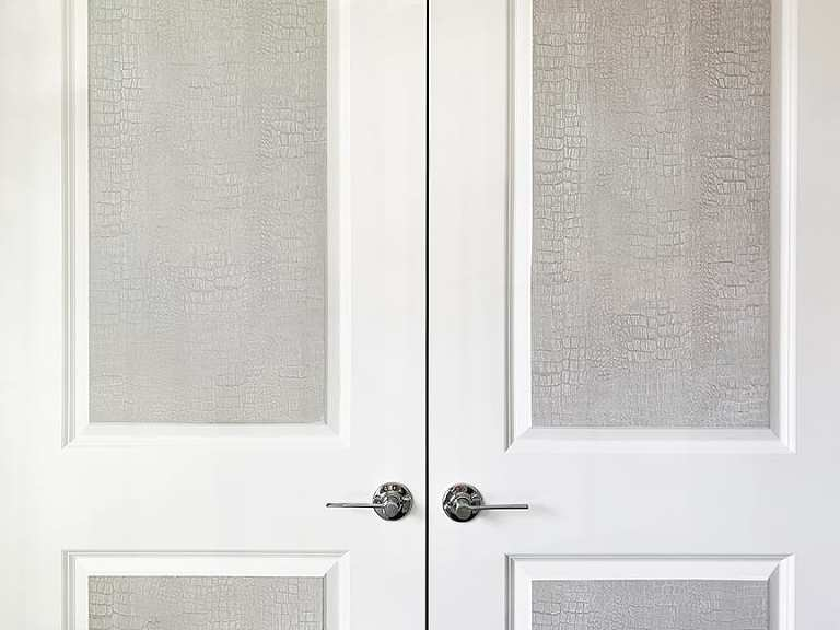 crocodile decorative wall finish on a door